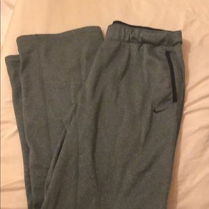 women's therma-fit sweatpants
